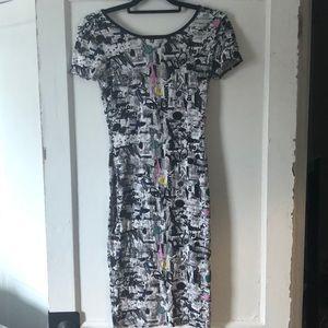 Topshop Dresses - Form fitting midi length Topshop dress
